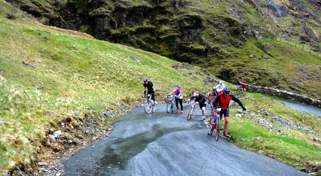 hardknott-pass-cycling-3.jpg