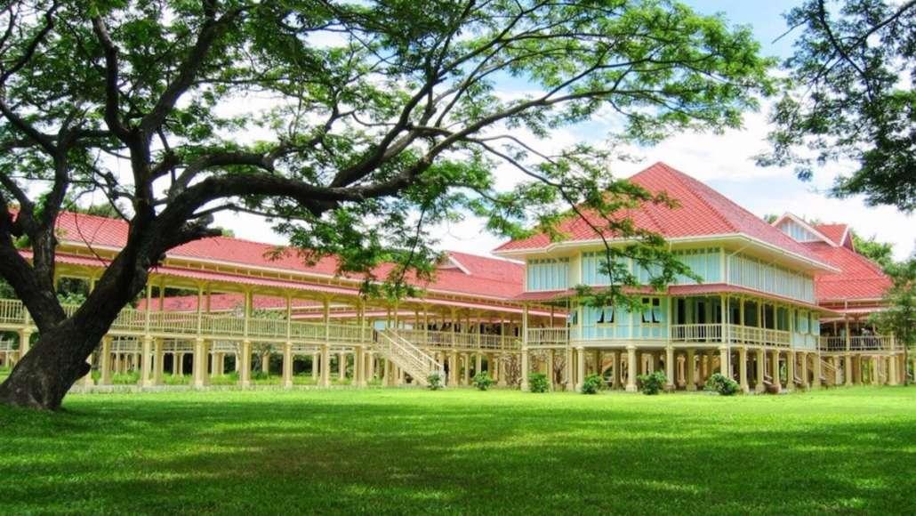 Mrigadayavan-Palace.jpg